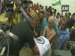 Photo of Martyr Sunil kumar's son with tricolor in his hands said to take Revenge